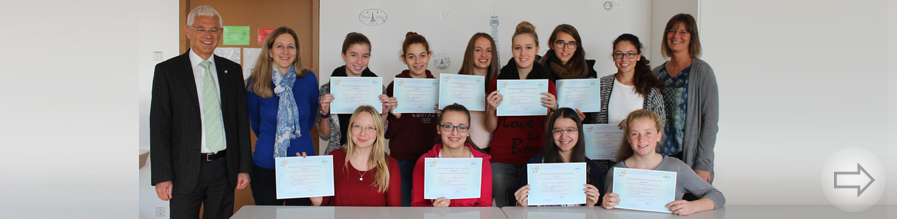 21 Schülerinnen und Schüler des Starkenburg-Gymnasiums erhalten ihre internationalen Französisch-Diplome