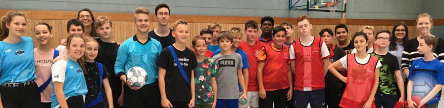 Integratives Fußball-Turnier in der Sporthalle des Starkenburg-Gymnasiums